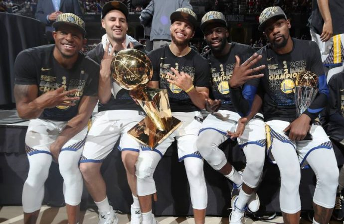 GOLDEN STATE WARRIORS SWEEP CLEVELAND TO WIN BACK-TO-BACK TITLES
